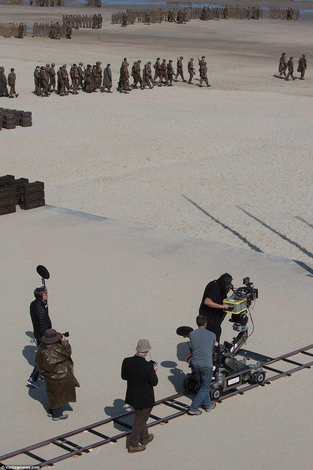 Dunkirk (2017). Christopher Nolan Cinematography: Hoyte Van Hoytema