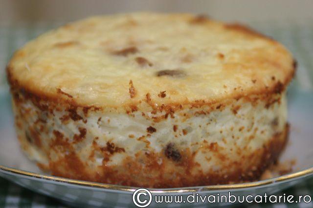Reteta culinara Budinca de orez cu ricotta din categoria Dulciuri. Cum sa faci Budinca de orez cu ricotta