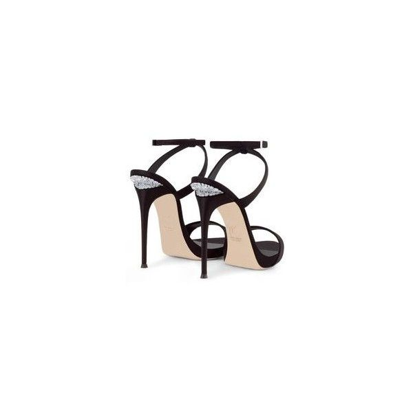 Giuseppe Zanotti Scorpio Gold Glittering Sandal Spring-Summer 2014... ❤ liked on Polyvore featuring shoes, sandals, giuseppe zanotti, gold glitter sandals, yellow gold shoes, gold glitter shoes and summer sandals