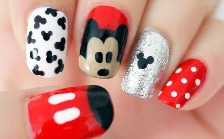 Video tutorial: Uñas de Disney inspiradas en Mickey Mouse - http://xn--decorandouas-jhb.net/video-tutorial-unas-de-disney-inspiradas-en-mickey-mouse/
