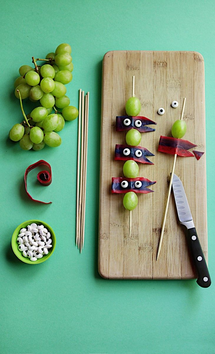 Grab some skewers, grapes, fruit leathers, candy eyes, and make your own Ninja Turtle Skewer Snacks! Youll be ready for the Teenage Mutant Ninja Turtles: Out of the Shadows movie, in theaters June 3rd! #ad