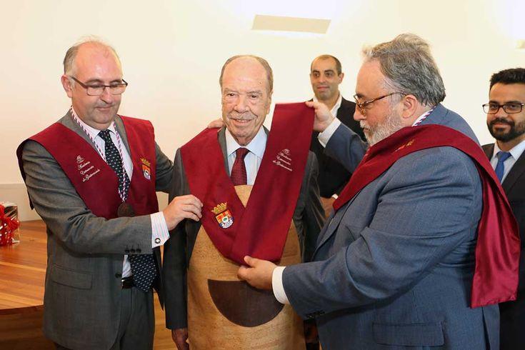 Grau de Académico de Honor da Academia Extremeña de Gastronomia atribuído a Rui Nabeiro (em actualização) | Portal Elvasnews