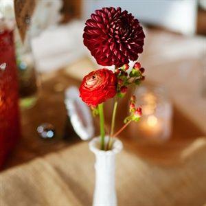 30 Best Red Wedding Flowers Bouquets Centerpieces Decor