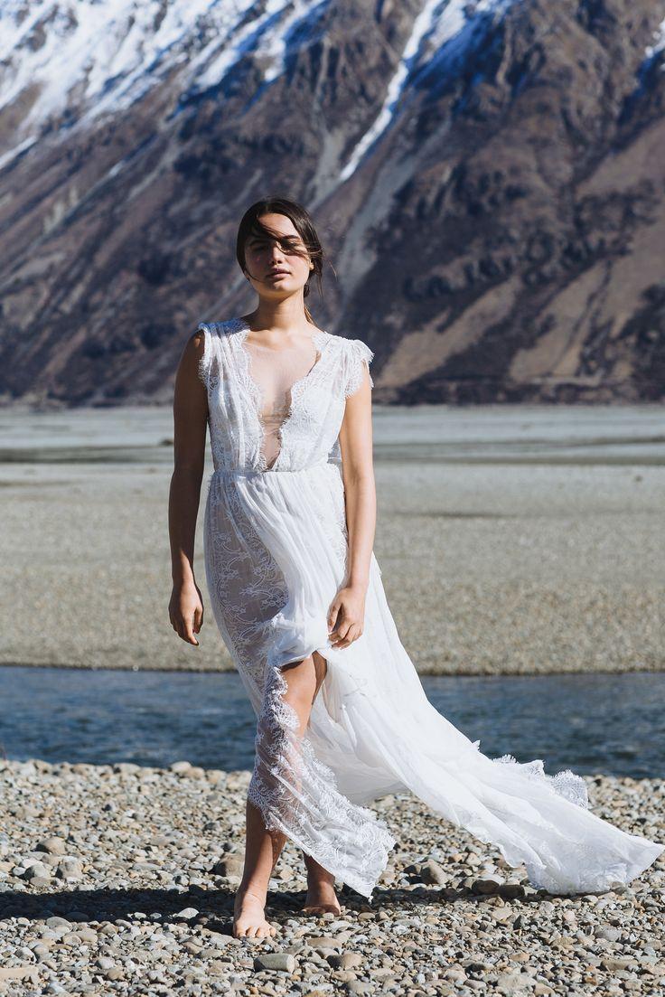 Genevieve | Grace Loves Lace | The Oracle Editorial #bohoweddingdress #bohemianweddingdress #laceweddingdress