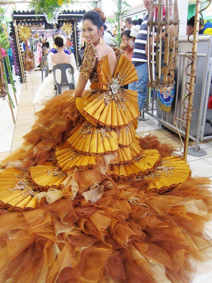Filipiniana — Designer: Mak Tumang | The Official Website | Bridal / Wedding & Evening Gown