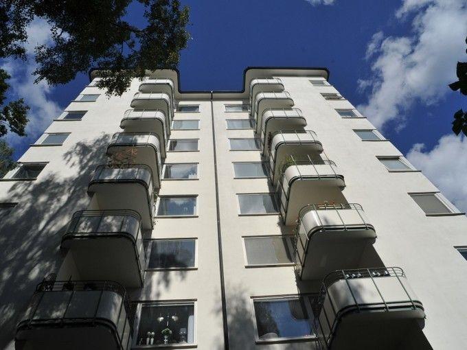 Putsade fasader på Gärdet, Stockholm