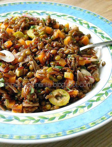 Red rice and lentils salad | http://gustosamente.blogspot.it/2009/07/insalata-di-riso-rosso-e-lenticchie.html