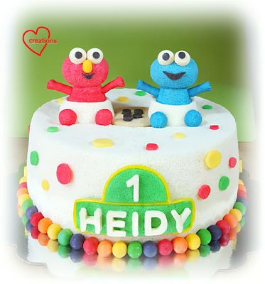 Loving Creations for You: Baby Elmo and Cookie Monster Chiffon Cake