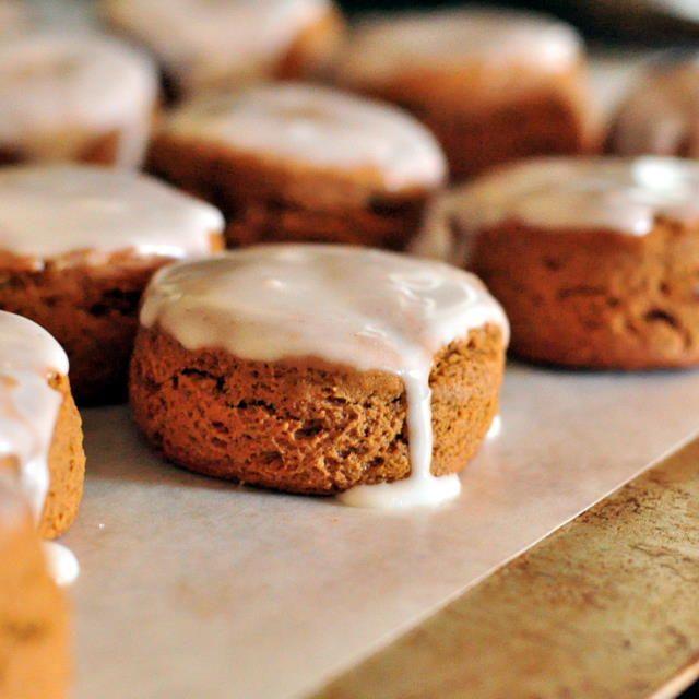 glazed gingerbread scones