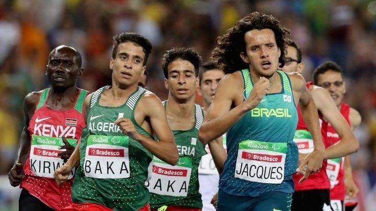 Abdellatif Baka e outros três atletas paralímpicos foram mais rápidos que o medalha de ouro nos Olímpicos nos 1.500 metros – Rio 2016