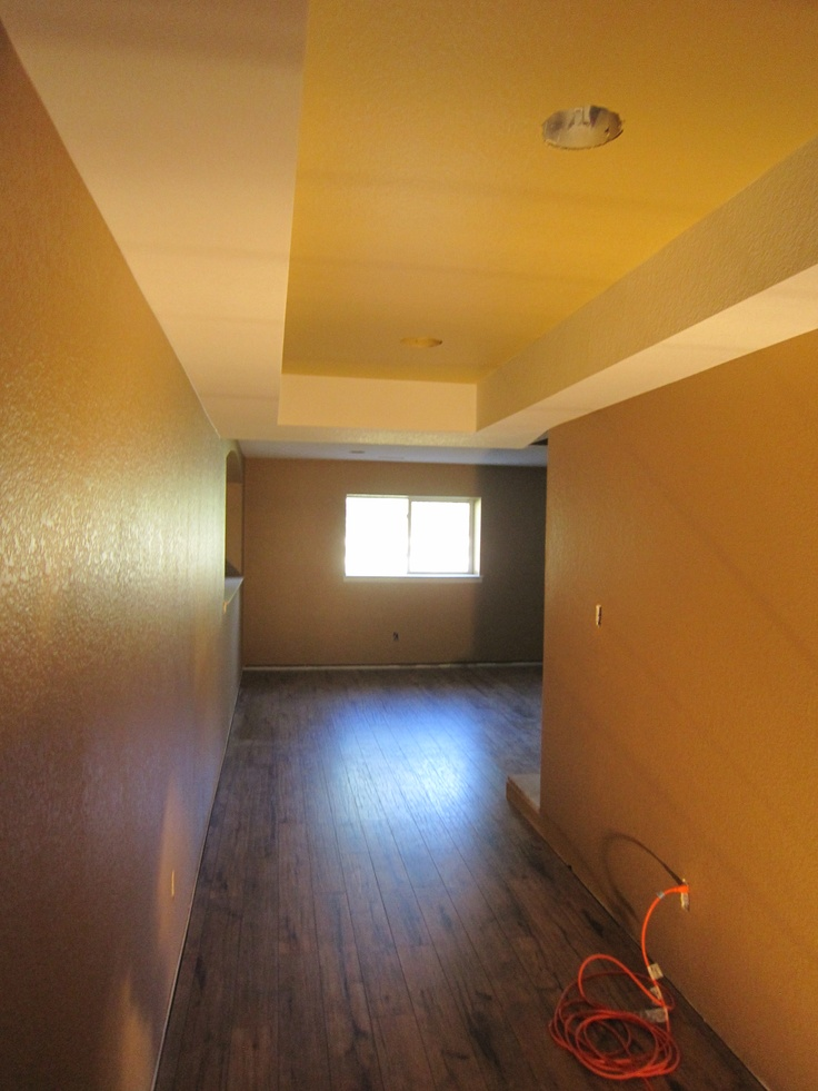 Hallway Week 6 Paint Walls Bungalow Gold Ceiling Amber