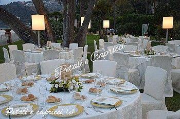 Tavoli e fiori per matrimonio a Taormina