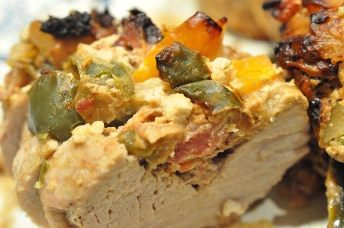 Fyldt mørbrad i flødesauce og råstegte kartofler