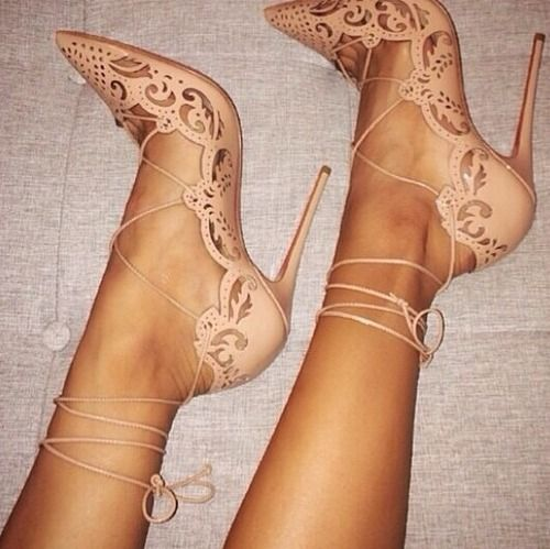 Gasp... These shoes took my breath away the first time I saw them. I think I'm in love ...