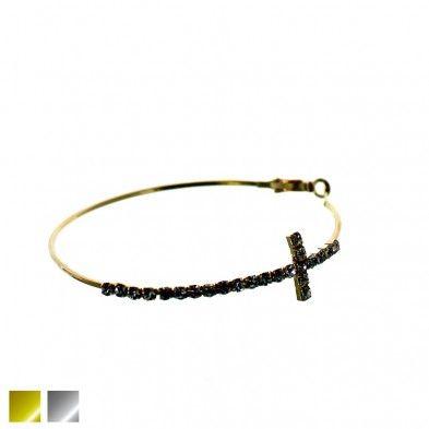 Mitsy - Grands Anneaux à croix serties Prestige Code:D465R3135 19.99 $