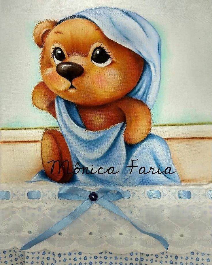 Pin de Bruna Santos de Moura em pintura em tecido ...