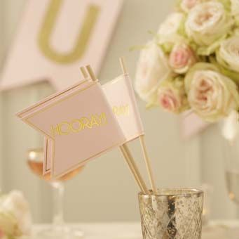 These flags are perfect for weddings. Can be used as an alternative to confetti or add them to the centre piece of wedding tables for guest to wave during the speeches!