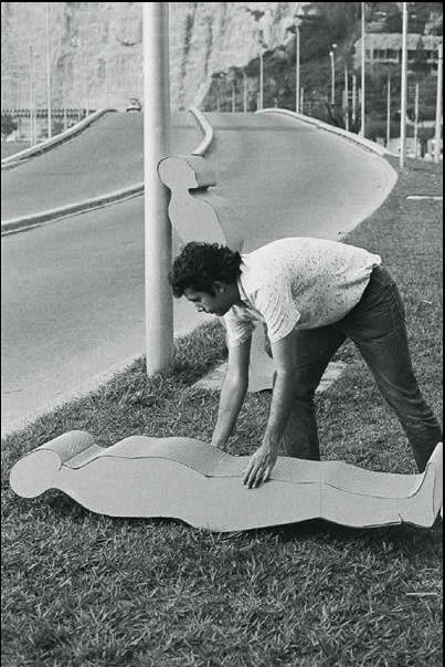 Empilhamento 1969, Carlos Vergara, Papelão corrugado
