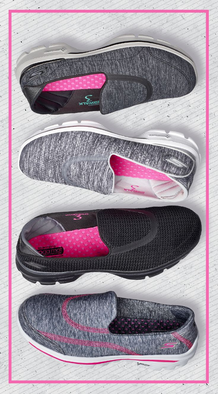 Move the way you were meant to in the GOwalk 3 women's shoe by Skechers®. GO Pillars technology offers dependable arch support, while the GOga Mat® footbed adds springy shock absorption.