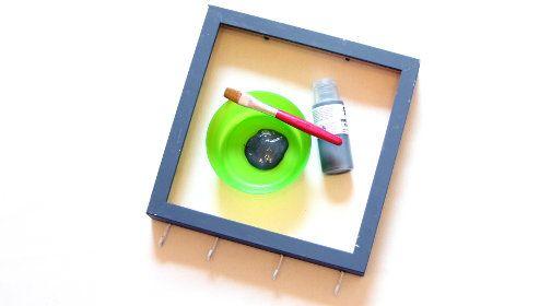 pin von immonet auf diy schl sselbrett selbst machen schl sselbrett schl ssel und rahmen. Black Bedroom Furniture Sets. Home Design Ideas