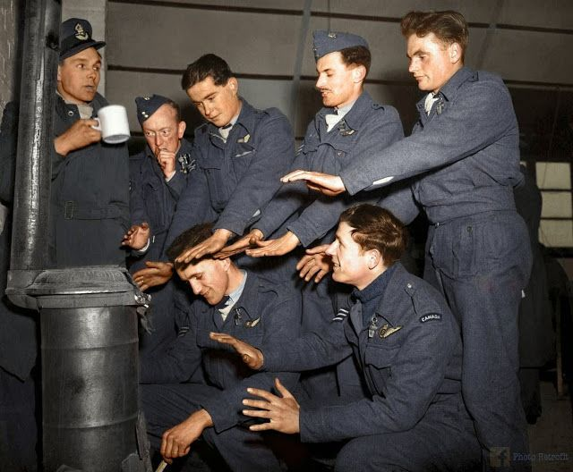 vintage everyday: 50 Breathtaking WWII Colorized Photos Look Like They were…