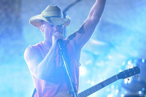 Top 10 Kenny Chesney Songs