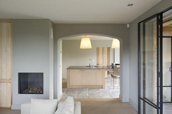 Moka Projects - Maison dans les environs d'Hasselt  Boog voor doorgang wintertuin en living