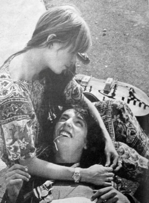 Meu bem, ouça o meu Rock n Roll (Rita Lee e Arnaldo Baptista).