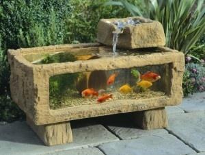 Outdoor big aquarium ...I like:)