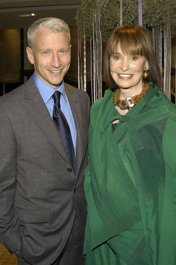Anderson Cooper and Gloria Vanderbilt Hash Out the Mother-Son Dynamic