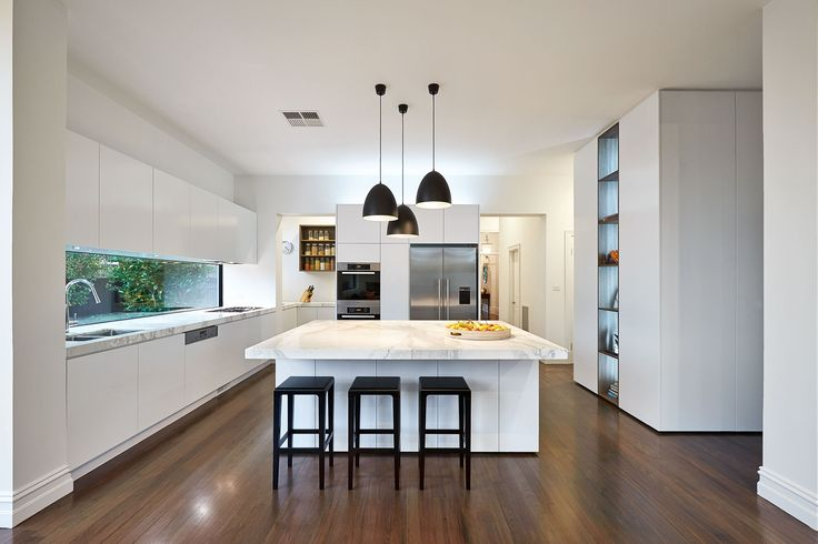 LSA Architects - East Malvern, Kitchen. Another window splash back that I like