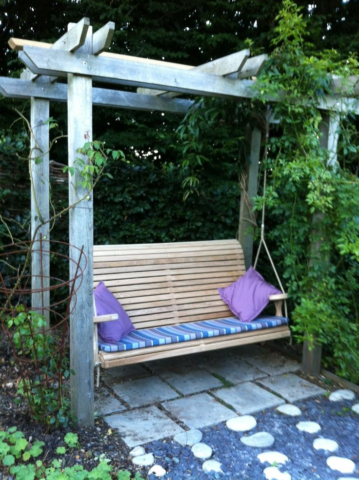 Slat back swing seat delivered yesterday to hang on customer's existing Pergola, very happy they were too