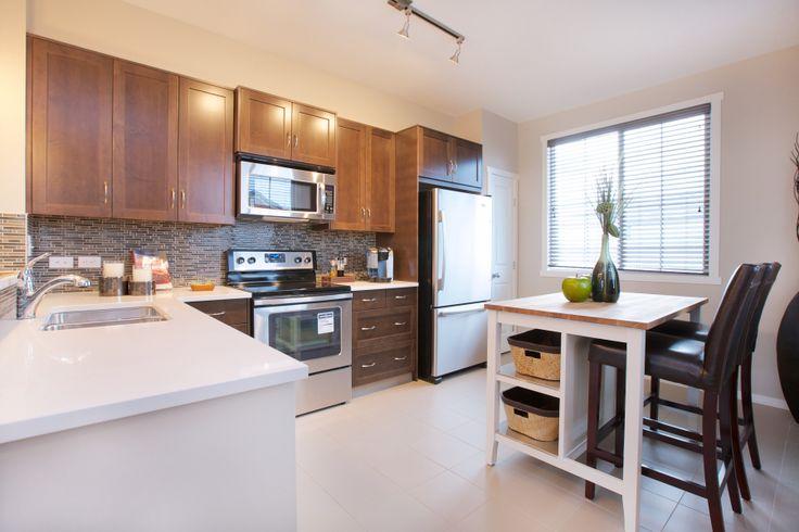 Prospect ridge evansview by avi urban new calgary for Ak kitchen cabinets calgary