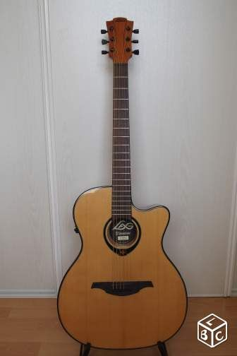 Guitare lag tramontane t66ace