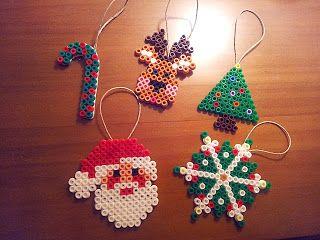 Christmas ornaments hama beads by Jen Su - Laboresenlaluna