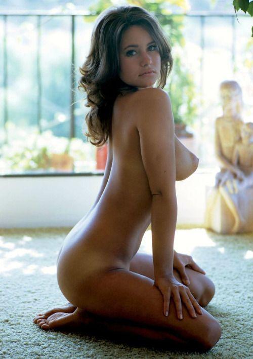 Brunette Vicki Vika 41