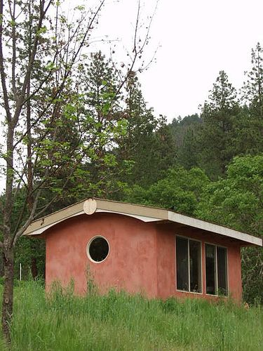28 best images about straw built houses on pinterest for Straw bale house cost per square foot