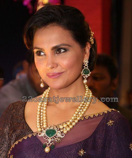 Lara Dutta Pearls Long Chain