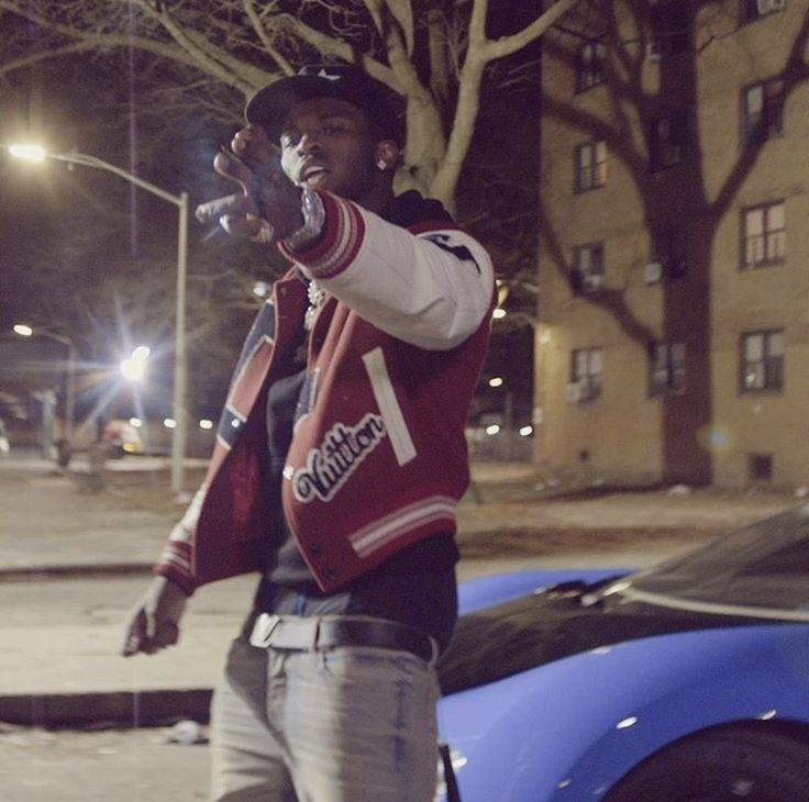 pop smoke in 2020 | Rap artists, Smoke wallpaper, Girl ...
