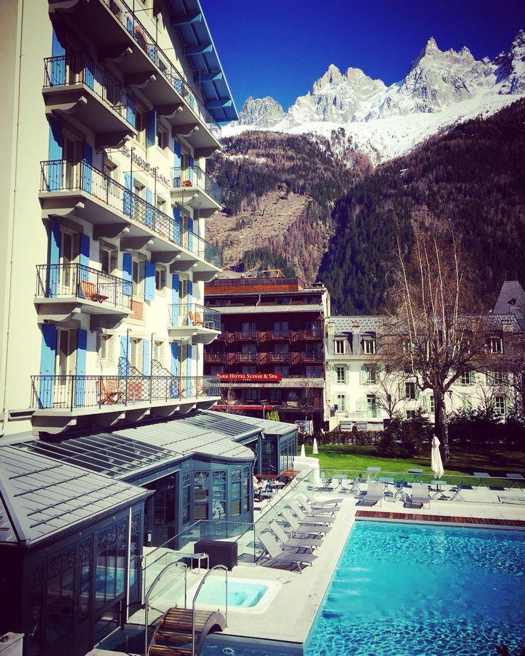 Très belle hôtel situé au cœur de Chamonix, à la fois moderne et historique l'hôtel ***** Mont-blanc est magique.