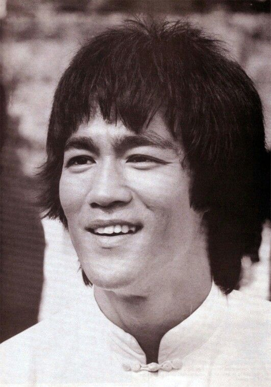 a biography of bruce lee a famous actor and martial artist Tiger shroff is an actor who is famous for his dancing  he is an indian actor and martial artist who appears  he is a huge fan of bruce lee and considers.