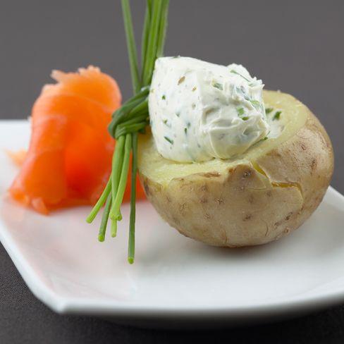 Recept aardappel in de schil met gerookte zalm