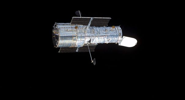 Hubble Sightings - Pics about space
