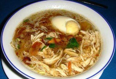 De lekkerste Saoto soep maak je zelf met dit orgineel Javaans Surinaams recept.