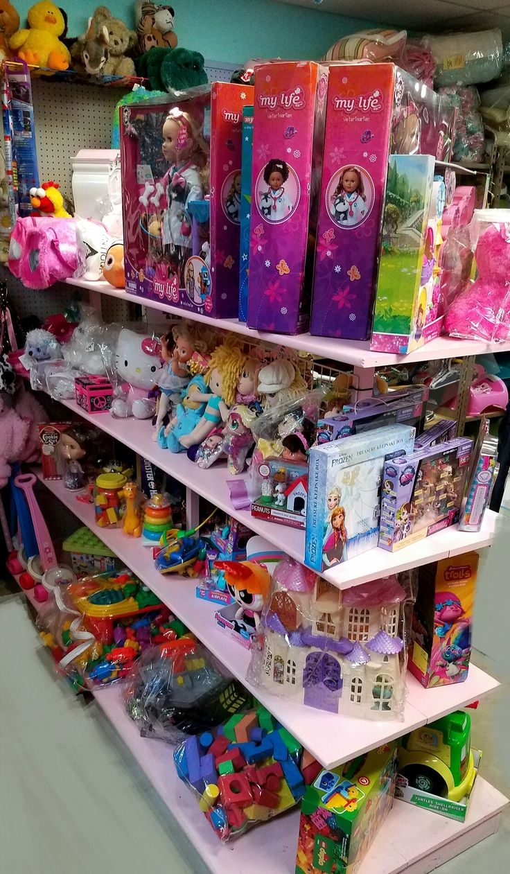 This year many of my consignors hit the jackpot from Black Friday and the clearance toys, so guess what ~ I get the over flow. We have many *NEW* unopened toys at very reasonable prices.