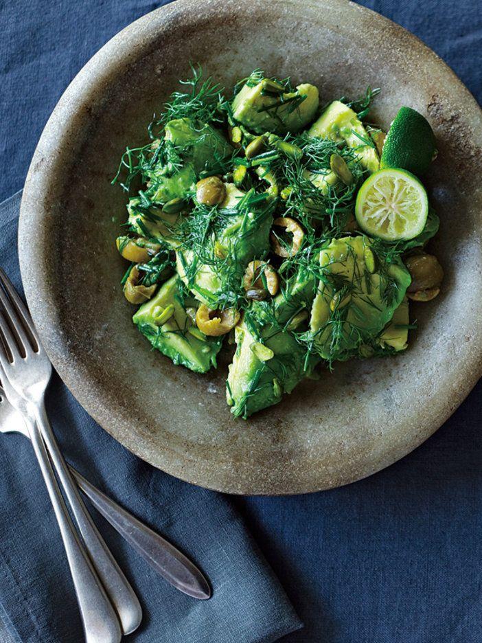 【ELLE a table】アボカドとディル、ピスタチオのサラダレシピ|エル・オンライン
