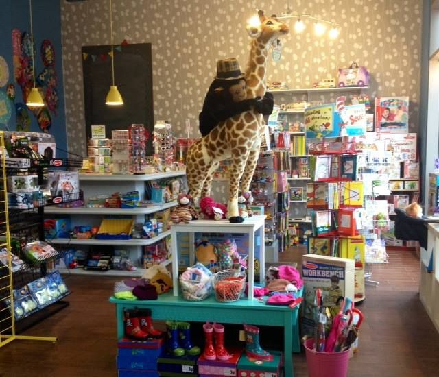 #ShopLocal Holiday Gift Guide: Brooklyn Toy Stores & Gift: We know that the holidays are nuts and there aren't enough hours in the day, but when you do set aside a little time for holiday shopping, here are a list of fantastic shops where you are sure to find tons of great gift items. If your favorite shop isn't listed here, feel free to add it in the comments section. Happy shopping!