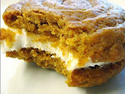 pumpkin cream cookies
