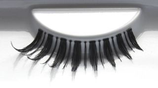 favUlash's PAGUDPUD human hair false eyelashes are great for loud, strong women looking to make themselves known. Independent yet dazzling!