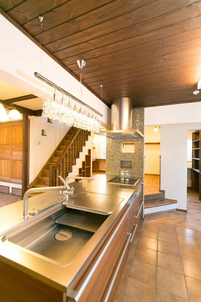 家庭用エアコン1台で 家中一定の 温度になり快適に暮らせる自然素材の
